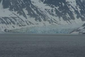 IMG_2484.JPG En av de store breene inne i Magdalenafjorden