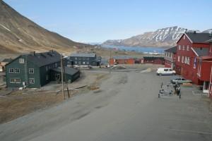 IMG 2262 Vi bruker den første dagen til å se oss rundt i Longyearbyen.