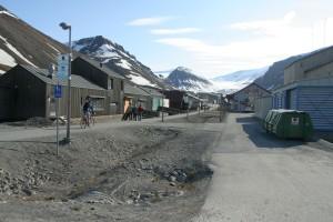IMG 2280 Hovedgata i Longyearbyen