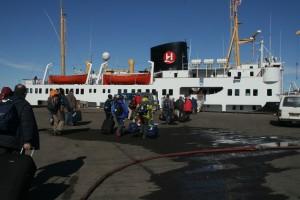 IMG_2325.JPG Neste dag bar det ombord i det gamle hurtigruteskipet Nordstjernen, som skulle ta oss med på et 4 dagers cruise langs kysten av Svalbard